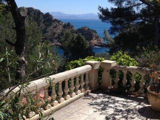 Maison 6 personnes dans la calanque du Petit Méjean-Côte bleue - Ensues-la-Redonne vacation rentals