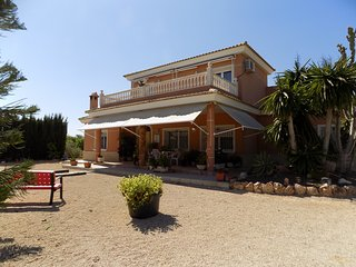 4 bedroom Villa with Television in El Altet - El Altet vacation rentals
