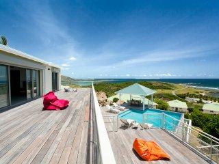 EDEN ROCK magnifique villa avec vue imprenable - Oyster Pond vacation rentals