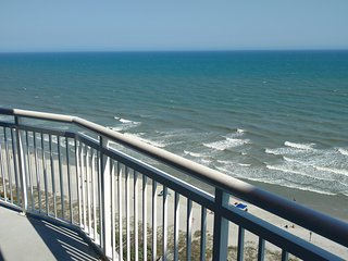 Affordable Oceanfront Luxury in Cherry Grove - special fall and winter rates - North Myrtle Beach vacation rentals