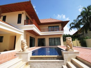 2 Bedroom Bang Saray Beach Villa - Na Chom Thian vacation rentals