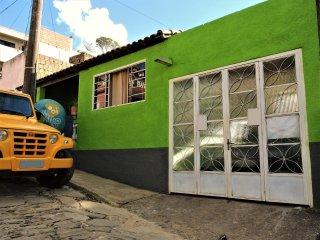 Casa para temporada 4 a 8 lugares - Sao Thome das Letras vacation rentals
