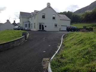 Spacious family getaway in Waterfoot - Cushendall vacation rentals