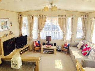Cozy 3 bedroom Caravan/mobile home in Ingoldmells - Ingoldmells vacation rentals