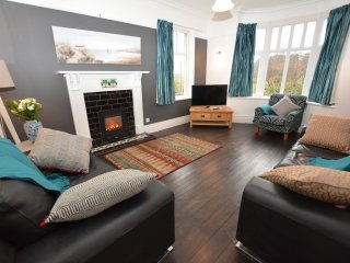 Nice 4 bedroom House in Fairbourne - Fairbourne vacation rentals