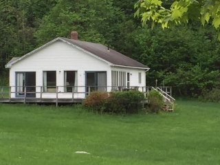 Cozy Hawley House rental with Deck - Hawley vacation rentals