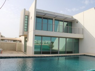Deluxe Furnished 3 Bedroom Villa With Private Pool & Beach Access - Manama vacation rentals