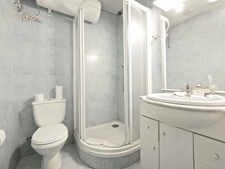 Nice 1 bedroom Barcelona Apartment with Internet Access - Barcelona vacation rentals