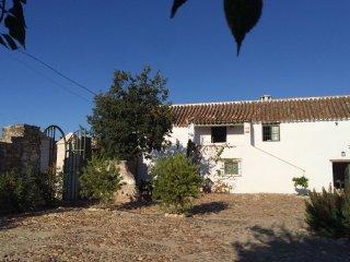 Chalet with 3 rooms in Almodovar Del Río, with enclosed garden and WiFi - Almodóvar del Río vacation rentals