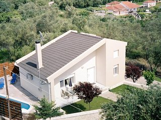 Comfortable 2 bedroom House in Sivota with Internet Access - Sivota vacation rentals