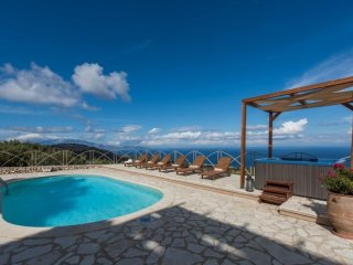 Nice 3 bedroom House in Skinaria - Skinaria vacation rentals