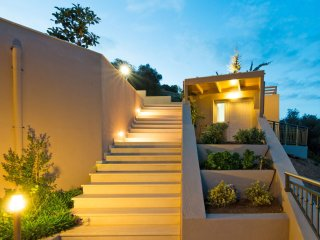 Bright House with Internet Access and A/C - Palaiokastro vacation rentals