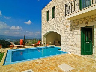 Beautiful House with Internet Access and A/C - Alikampos vacation rentals