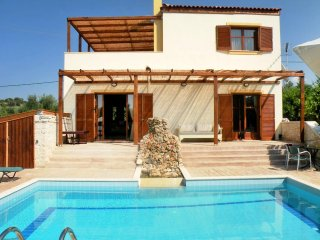 Beautiful 3 bedroom Vacation Rental in Asteri - Asteri vacation rentals