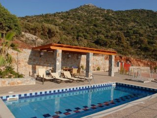 3 bedroom House with Internet Access in Milopotamos - Milopotamos vacation rentals