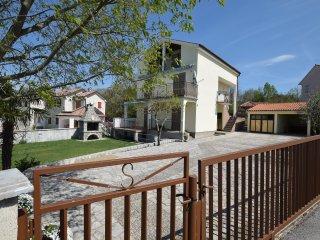 Nice Condo with Internet Access and Television - Malinska vacation rentals