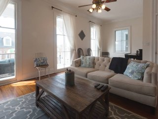 Superb 1860s Victorian Home Close to Attractions - Savannah vacation rentals