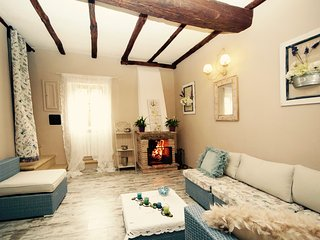 Nice Condo with Television and Washing Machine - Bomarzo vacation rentals