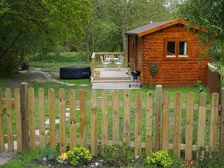 The Cabin at Howe Court with Hot Tub - Dog friendly - Thurnham vacation rentals