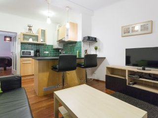 Cozy Condo with Internet Access and Wireless Internet - Vienna vacation rentals