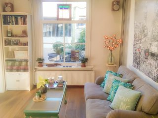 Charming House in Historic Haarlem - includes bicycles! - Haarlem vacation rentals