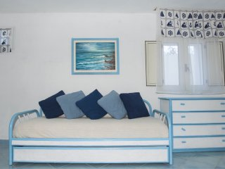 Cozy 2 bedroom Marina Di Campo Condo with A/C - Marina Di Campo vacation rentals