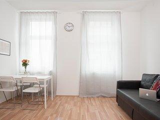 1 bedroom Condo with Internet Access in Vienna - Vienna vacation rentals