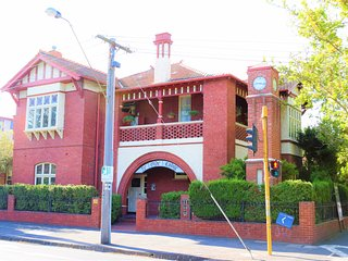 Ye Olde Lodge - Iconic Studio Living Inn The Heart Of Melbourne - Brunswick vacation rentals