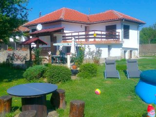 Three bedroom house with garden,near Veliko Tarnovo - Veliko Tarnovo vacation rentals
