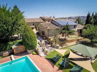 Lovely 7 bedroom Vacation Rental in San Quirico d'Orcia - San Quirico d'Orcia vacation rentals