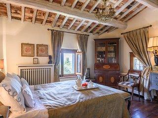 Villa Margarita - Garden Apartment - Garden Apartment of Villa - or as a Tuscan  Villa Complete - Castiglion Fiorentino vacation rentals