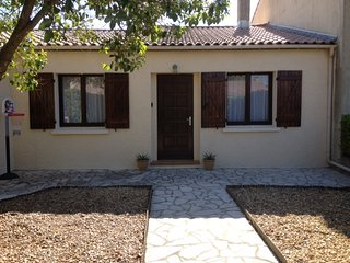 Villa Style House with Gardens, Garage, BBQ, Terrace - Magalas vacation rentals