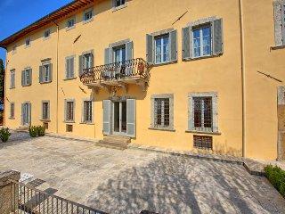 Nice 5 bedroom House in Ulignano - Ulignano vacation rentals