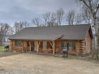 NEW! 2BR Ferryville Cabin on Mississippi River! - Ferryville vacation rentals