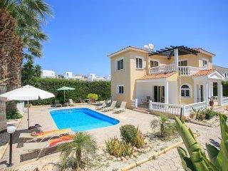 Cozy 3 bedroom Villa in Coral Bay - Coral Bay vacation rentals