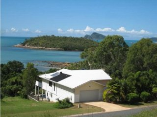 Hideaway Retreat Beach House with Pool - Hideaway Bay - Hydeaway Bay vacation rentals