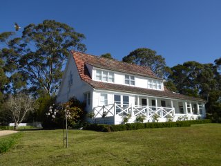 Gull Cottage St Helens - relax by the bay - Saint Helens vacation rentals