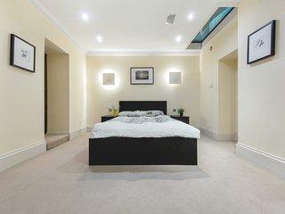 Modern 2 Bedrooms|2 Bathrooms| Apartment in Regent's Park/King's Cross #9101 - London vacation rentals