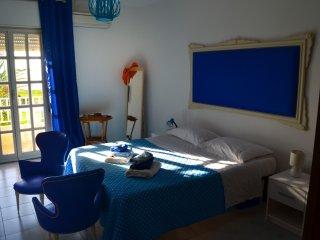 Casa Vacanza Vento di scirocco fronte mare - Pozzallo vacation rentals
