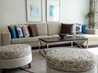 Signature Holiday Homes- Luxury 3 Bedroom Apartment, D1 Residences - Dubai vacation rentals