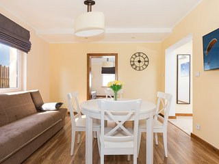 Charming Condo with Internet Access and Television - Kolczewo vacation rentals