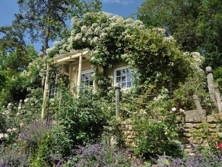 Tucking Mill View, Luxury 1 Bed Cottage Retreat 11_3 - Monkton Combe vacation rentals