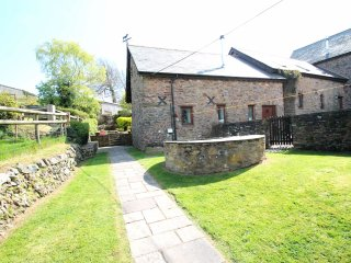 Yenworthy Mill, Countisbury - Yenworthy Mill sleeps 10 guests in a stunning - Oare vacation rentals