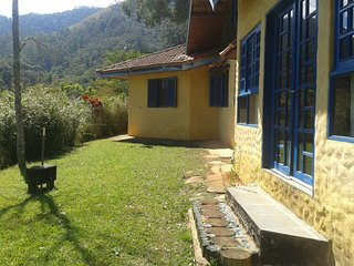Bright 3 bedroom Santo Antonio do Pinhal Cottage with Mountain Views - Santo Antonio do Pinhal vacation rentals