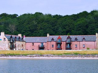 Dolphin Bay Suites, superb apartments nr Inverness - Inverness vacation rentals