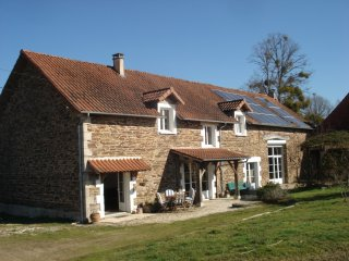 Private apartment in an old farmhouse in the stunning Dordogne - Chalais vacation rentals
