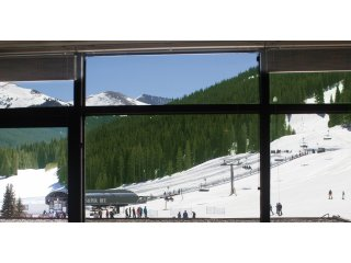 Luxury Ski In/Ski Out Condo Sleeps 7 W/ Slopeside View & Wood-Burning Fireplace - Copper Mountain vacation rentals