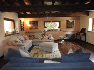 The Wolf Country House - Sala Baganza vacation rentals