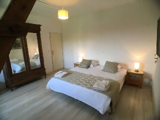 Welcome to La Rame 1, a beautiful B&B room in an old farmhouse in the Dordogne. - Chalais vacation rentals