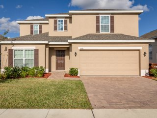 Affordable 5 Br pool home with easy access to I-4 and 192 - Davenport vacation rentals